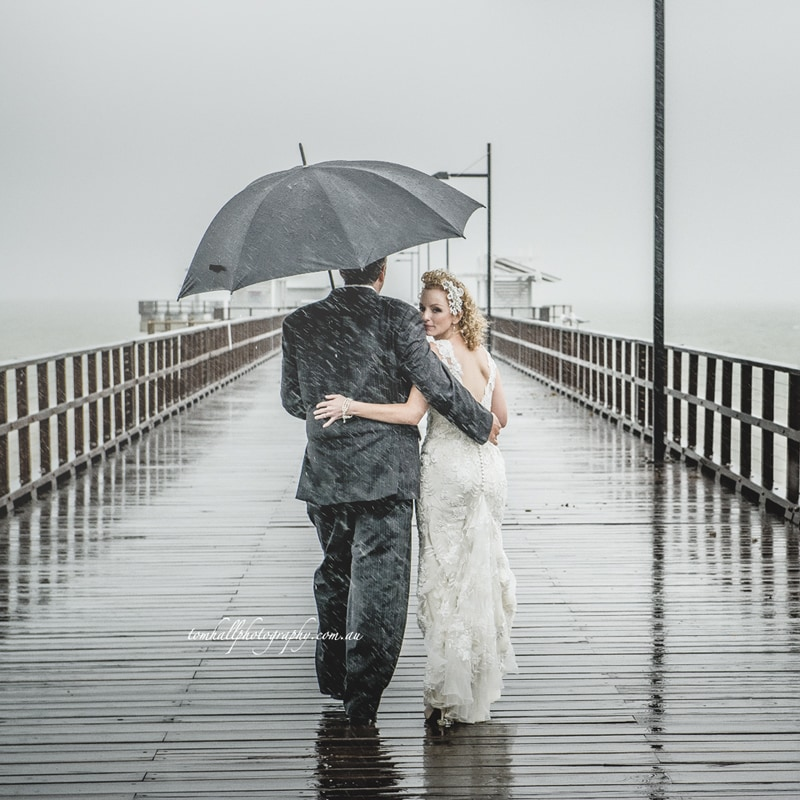 wedding-photography-in-the-rain