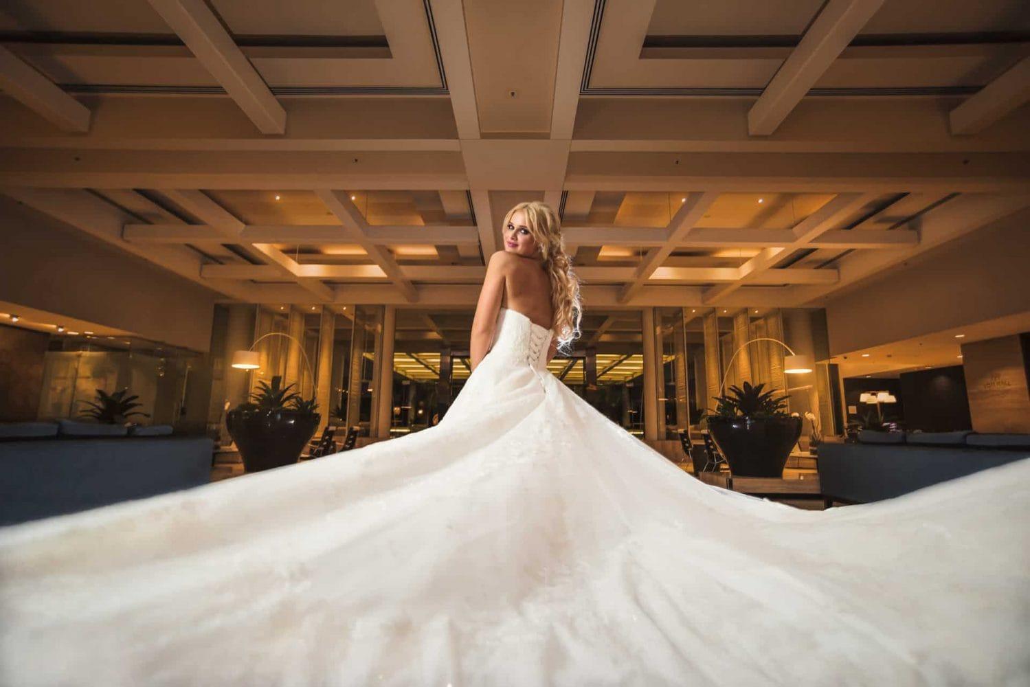 Sheraton-Grand-Mirage-Wedding-Photos-by-Tom-Hall-Photography
