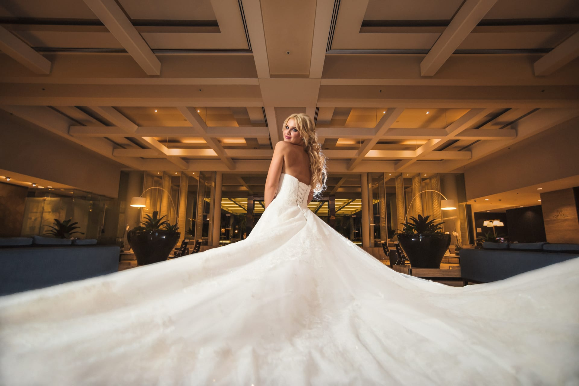 Sheraton-Grand-Mirage-Wedding-Photos-by-Tom-Hall-Photography